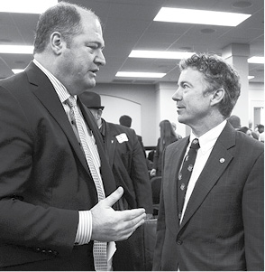 14.02.19 Hoover and Senator Paul talking.psd